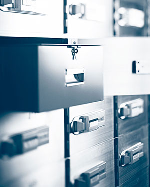 Bank safe deposit box cost